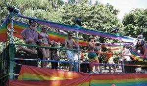 gay_pride_web_5ed8bcaf0e00f64c707215f58f4493a1